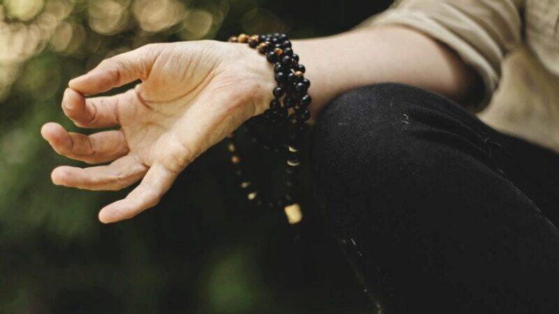Yoga, Entspannung, Meditation, Wohlbefinden am Arbeitsplatz