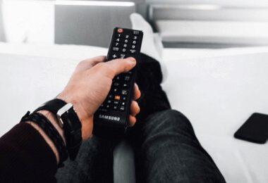Fernbedienung, Sofa, Entspannung, Neu bei Amazon Prime im April 2021
