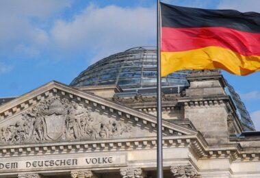 Reichstag, Berlin, Deutschland, Bundesregierung, Lobbyregister, Lobbyismus