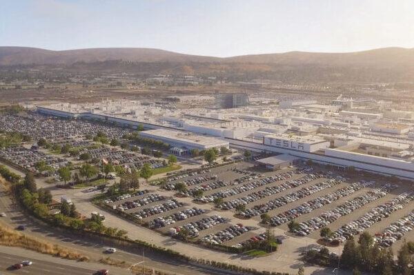 Fremont, USA, Tesla, Fabrik