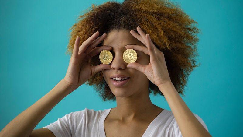 Frau, Bitcoin, Kryptowährung, Bitcoin-Mining