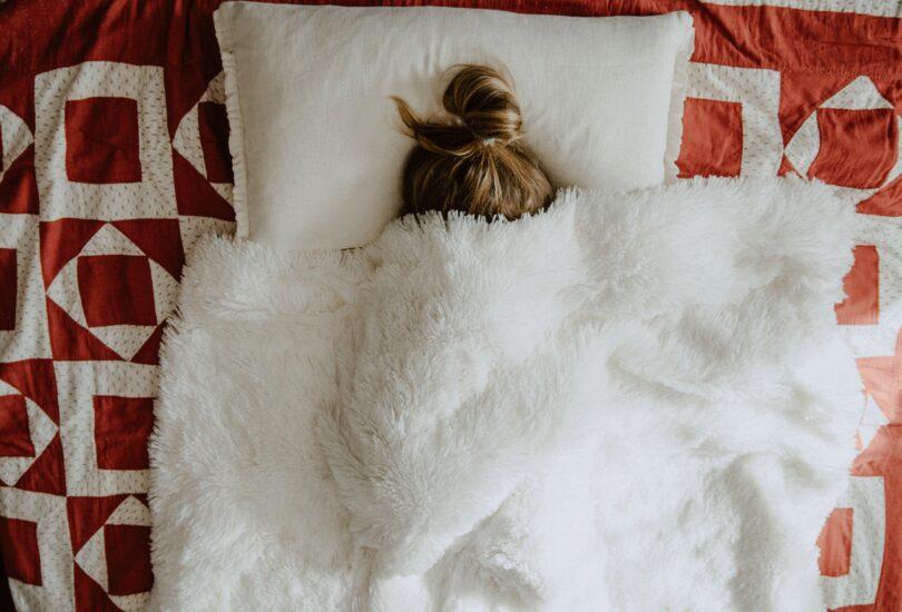 Krankheit, Bett, Schlaf, Bettdecke, Arbeitsunfähigkeit