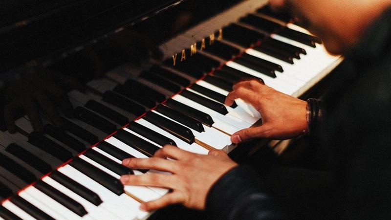 Klavier, Klavierstück, stumme Klavierstücke vertonen