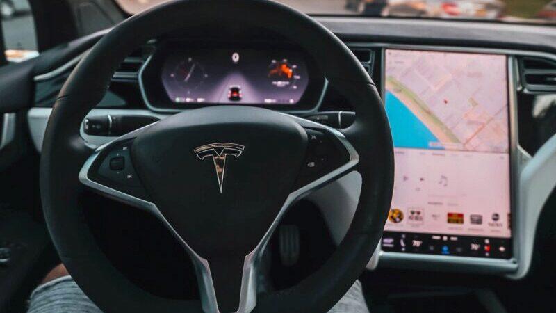 Auto, Tesla, Person, Elektroautos Tik Tok, Electric Cars Tik Tok