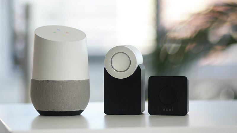 Smart-Home-Geräte, IoT, Smart Home, Google Home, Nuki