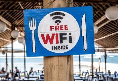 Wifi, Free WiFi, Internet, Breitband-Internet, Glasfaseranschluss, Internet-Kosten