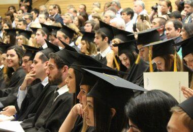 Absolvia, Absolventen, Universität, Bachelor, Master, Ausbildung