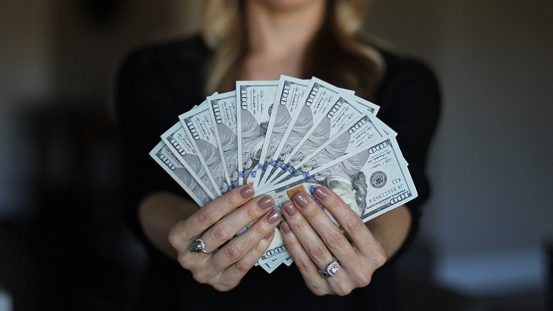 Geld, Dollar, Investment, Investition, Beteiligungshöhe, Top-Verdiener