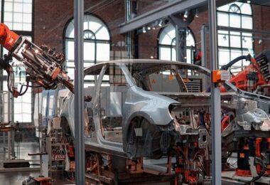 Autoindustrie, Industrieroboter, automatisierte Länder