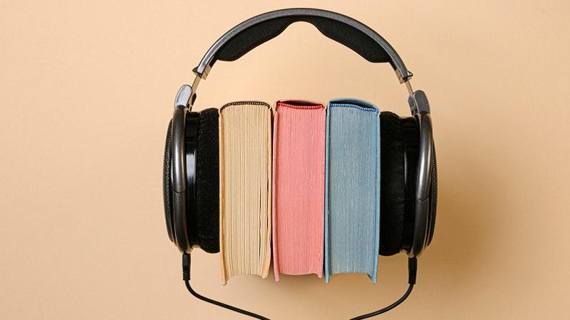 Hörbuch, Kopfhörer, Bücher, beliebteste Hörbücher, beliebteste Hörbuch-Genres