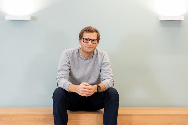 Nils-Hendrik Höcker, Bux, BUX, Neobroker