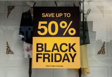 Black Friday, Rabatt, Schlussverkauf, Schaufenster