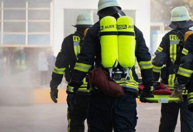 Feuerwehr, Feuerwehreinsatz, Feuer, Brand, Überschwemmung, Einsatzkräfte, Cell Broadcast