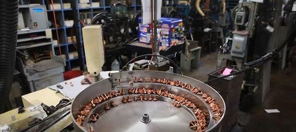 Chicago Rivet & Machine, Schraubenhersteller