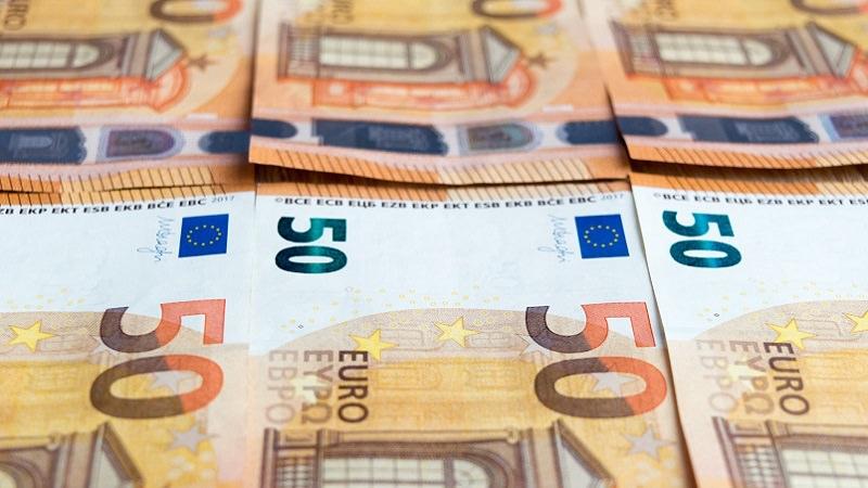 Geld, Geldscheine, Euro, Euroscheine, 50 Euro, 50-Euro-Schein, beste Dividenden-Rendite Europas