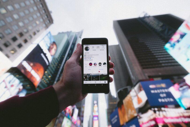 Social Media, Instagram, Smartphone, Social-Media-Werbung
