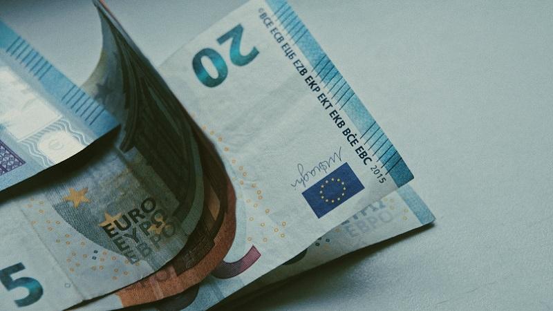Euro, Euro-Scheine, Geld, Geldscheine, Banknoten, beste Dividendenrendite in Deutschland, beste Dividendenaktien Deutschlands, beste deutsche Dividendenaktien
