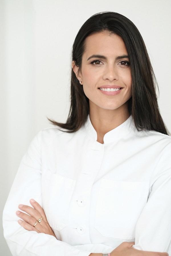 Estefanía Lang, Dermanostic, Telemedizin, Telemedizinerin, Teledermatologin, Tele-Dermatologin