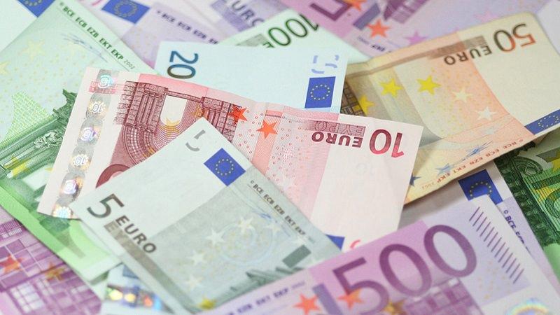 Euro, Euroscheine, Geldscheine, Geld, Euronoten, Banknoten,beste Dividenden-Rendite in China, beste Dividendenrendite Chinas, beste chinesische Dividenden-Aktien