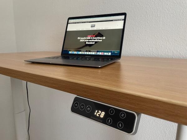 FlexiSpot E8 Höhenverstellbarer Tisch Test Tischplatte