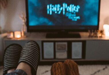Harry Potter, Filmabend, Kuscheldecke, Sofa, heiße Schokolade, neu bei Amazon Prime im Oktober 2021