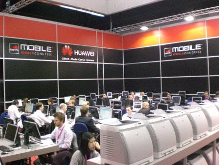 Medienzentrum auf dem MWC - Viele Leute auf engem Raum.