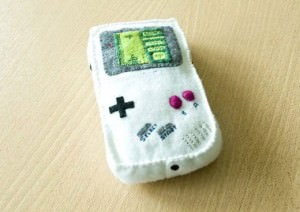 plush_gameboy_kmilarodz